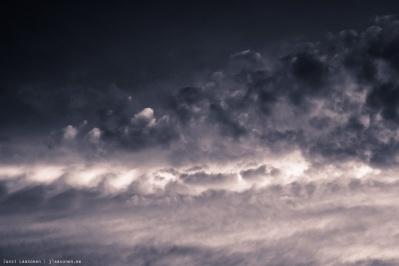Monochrome Madness 2-31 Cloud Theme