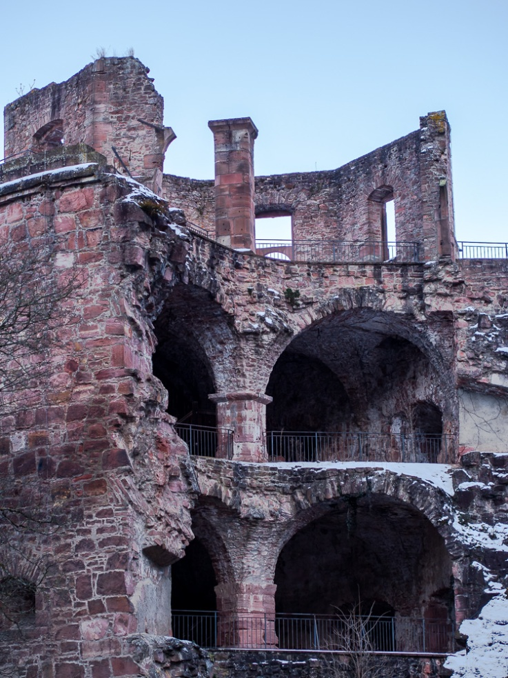 heidelberg_castle_ruins_winter_2