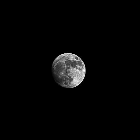 waxing_gibbous_moon_2017-12-31